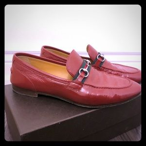 Gucci Shoes practically new, size 10